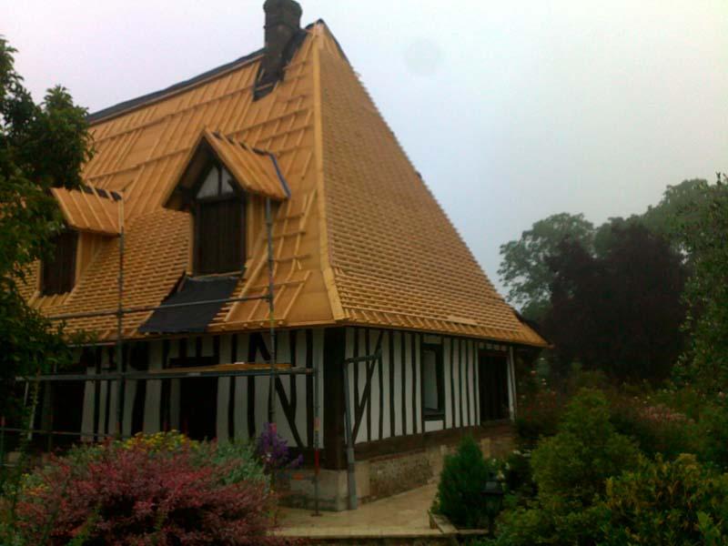 Maison colombage rénovation énergétique isolation bois toiture
